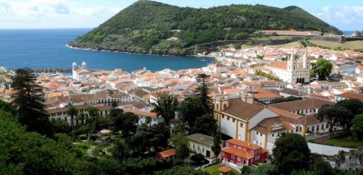 Voyage sur-mesure, Baleines, volcans et gastronomie aux Açores