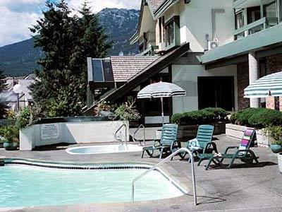 Voyage sur-mesure, Whistler Village Inn & Suites
