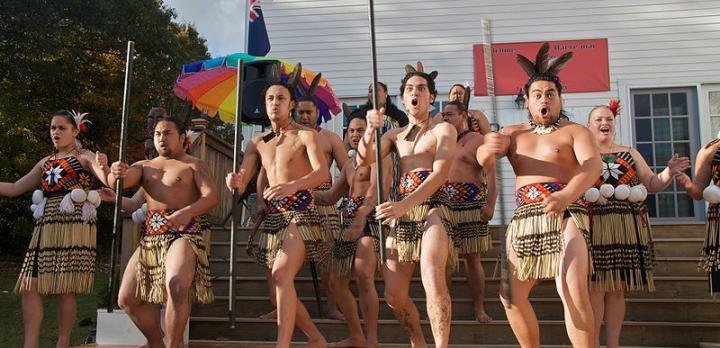 Voyage sur-mesure, Rassemblement historique de Waitangi Day