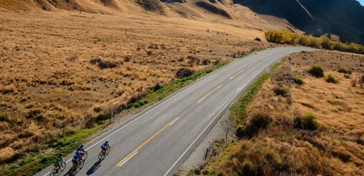 Voyage sur-mesure, Aventure à vélo