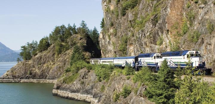 Voyage sur-mesure, La traversée des Rocheuses en train