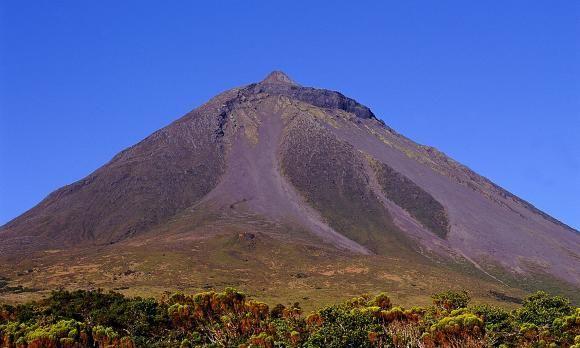 Voyage sur-mesure, Ascension du volcan Pico