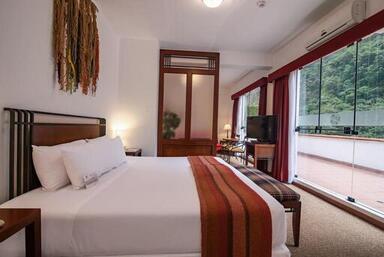 Voyage sur-mesure, Hotel moderne