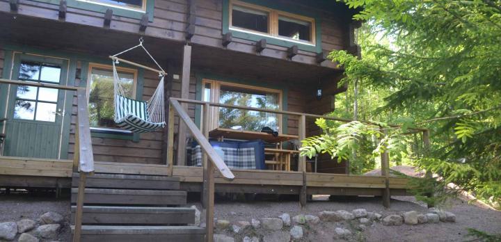 Voyage sur-mesure, Cottage traditionnel en bord de lac **