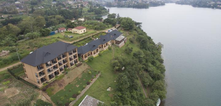 Voyage sur-mesure, Hôtel standard sur les rives du Lac Kivu