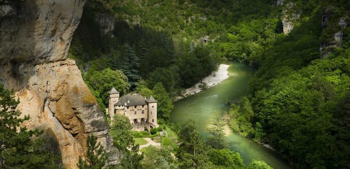 Voyage sur-mesure, Château dans les Gorges du Tarn