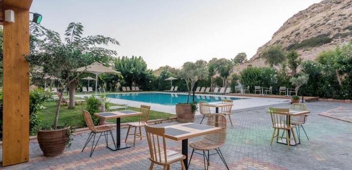 Voyage sur-mesure, Hôtel avec piscine proche de la plage