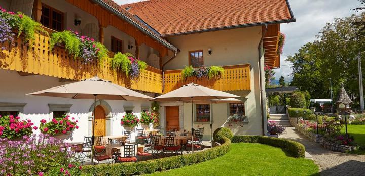 Voyage sur-mesure, Pension familiale au bord du lac de Bled