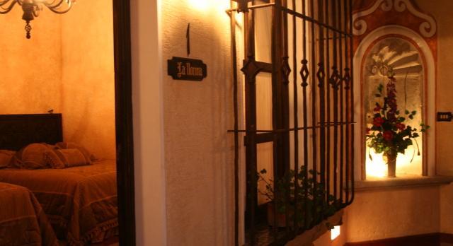 Voyage sur-mesure, D'Leyenda Hotel