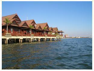 Voyage sur-mesure, Hôtel 3* au bord de l'eau