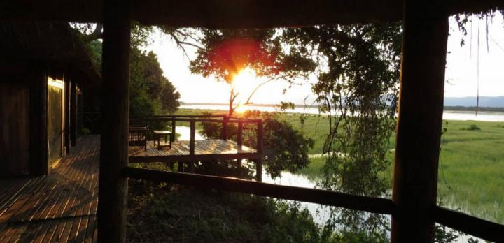 Voyage sur-mesure, Chickwenya safari Lodge