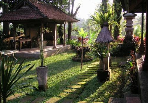 Voyage sur-mesure, Puri Taman Sari