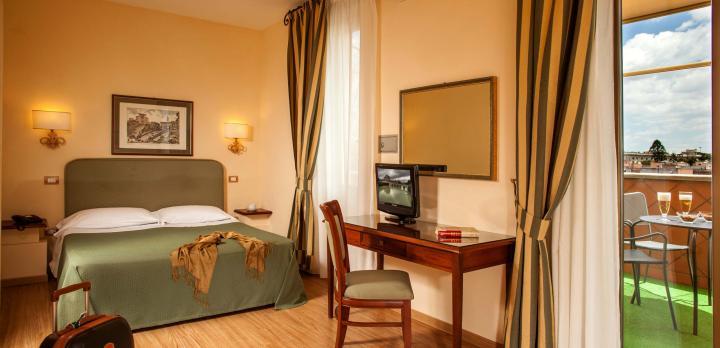 Voyage sur-mesure, Hotel Colosseum