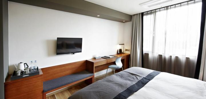 Voyage sur-mesure, Hôtel 3* supérieur dans le quartier de Namdaemun