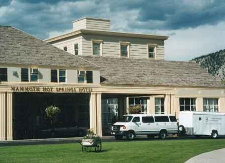 Voyage sur-mesure, Mammoth Hot Springs Hotel