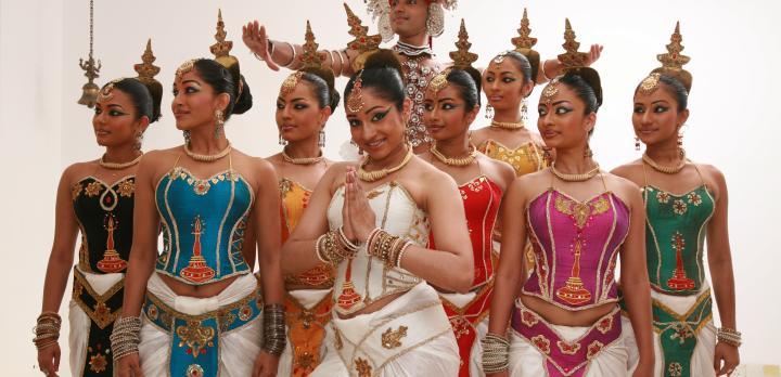 Voyage sur-mesure, Parade de Kandy : Esala Perahera