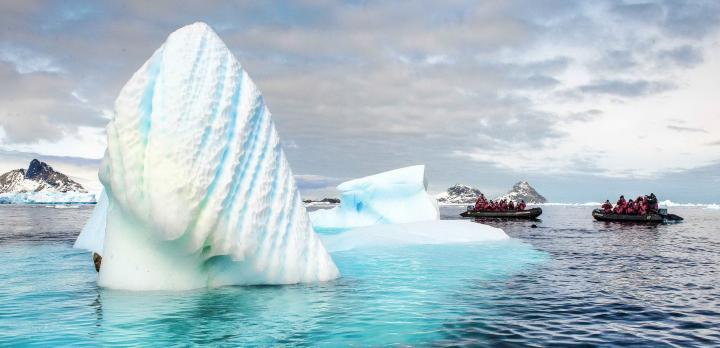 Voyage sur-mesure, Vol et croisière en Antarctique. Les aéro-croisières vers l'Antarctique