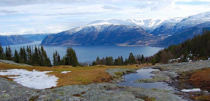 Voyage sur-mesure, Autotour à travers les fjords de Norvège