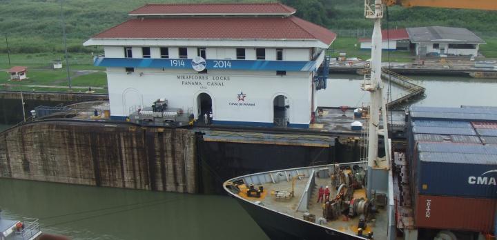 Voyage sur-mesure, Panama : découverte complète avec le Canal, la ville, les parcs nationaux et les îles San Blas