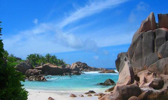 Voyage sur-mesure, Séjour à Praslin dans un magnifique hôtel 5*