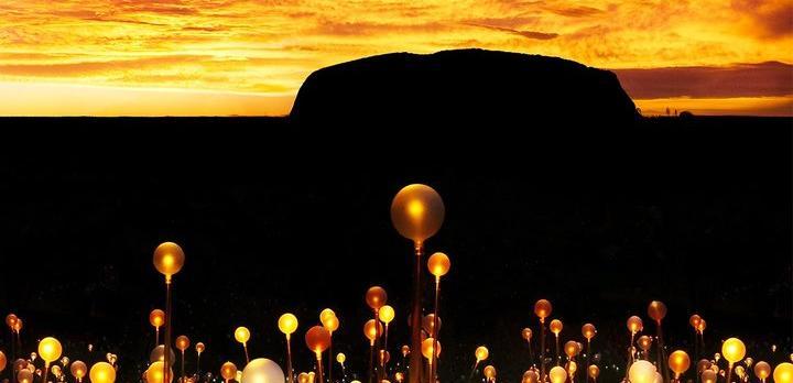 Voyage sur-mesure, Field of Light à Ayers Rock, un événement unique!