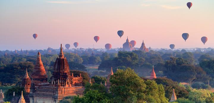 Voyage sur-mesure, Survol en Montgolfière au - dessus de Bagan