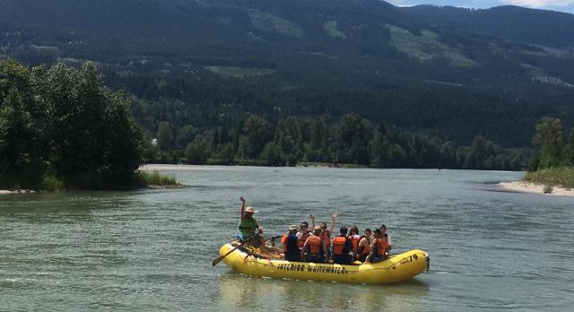 Voyage sur-mesure, Demi-journée rafting familiale