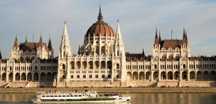 Voyage sur-mesure, Le tour de la Hongrie en voiture de location
