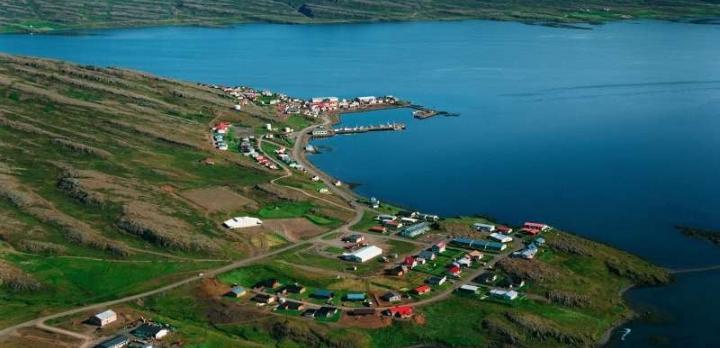 Voyage sur-mesure, Holmavik